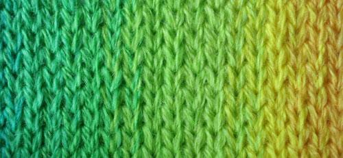 green-to-yellow-merino-2ply-yarn
